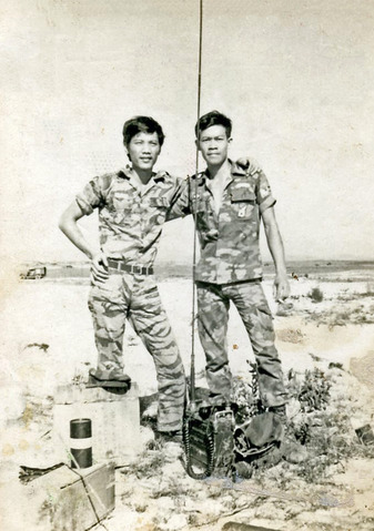 https://hung-viet.org/images/file/1GJLXjdj0wgBAKQF/muxanh-mudo-nguoilinhvietnamconghoa.jpg