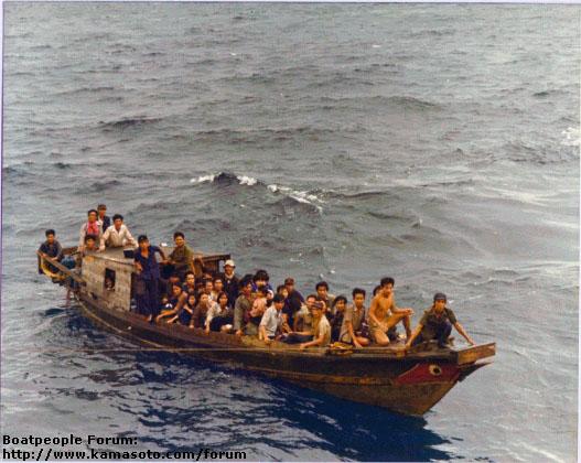 Những năm tháng không thể nào quên - Chuyện vượt biên - Hưng Việt