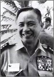 Trung-tuongDongvanKhuyen-1972